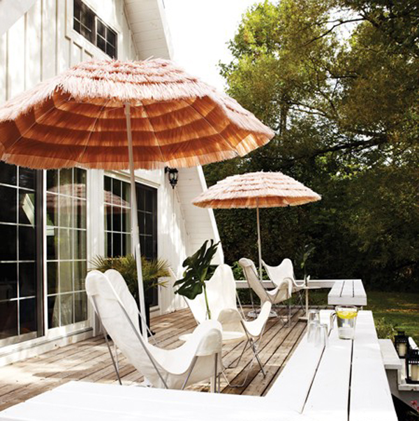 12 Small Deck And Patio Decorations