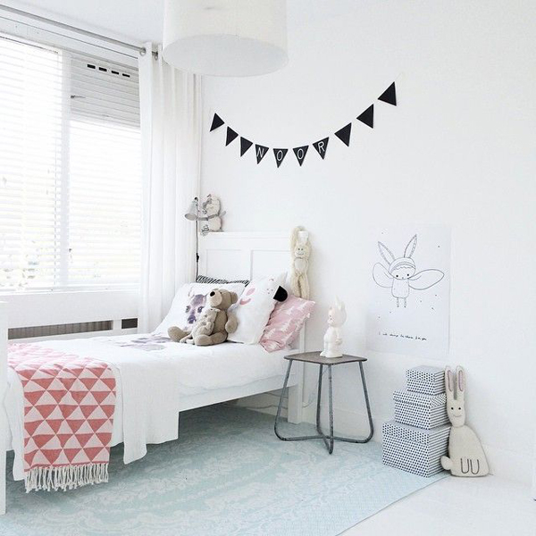 10 white and simple kids room ideas home design and interior - How to decorate simple room ...