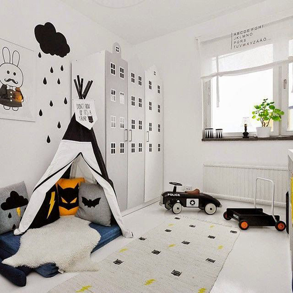 Black And White Kids Room: Black-and-white-kids-room-with-tents