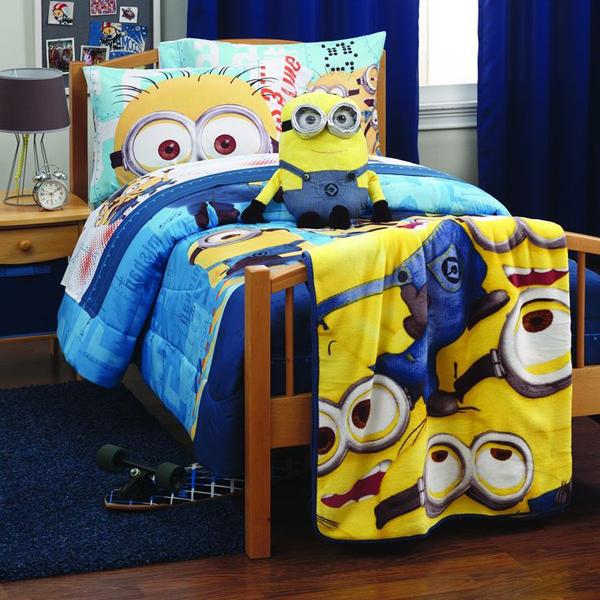 cute-minion-pillow
