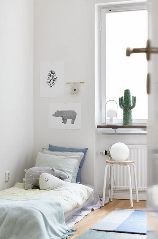 10 white and simple kids room ideas home design and interior for Simple bedroom decor