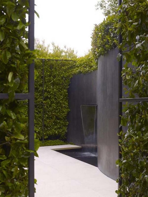 20 cool vertical garden walls home design and interior for Outdoor vertical wall garden