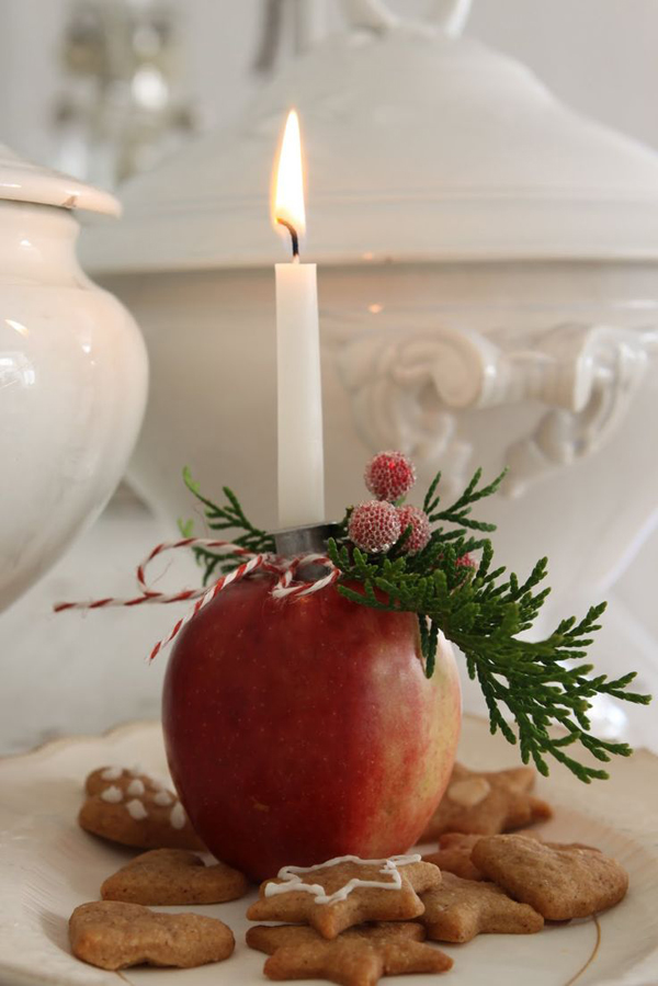 Pretty apple candle light dinner for Apples for decoration