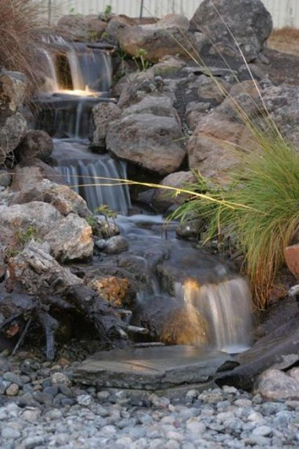 Stone garden waterfalls for Stone garden waterfall