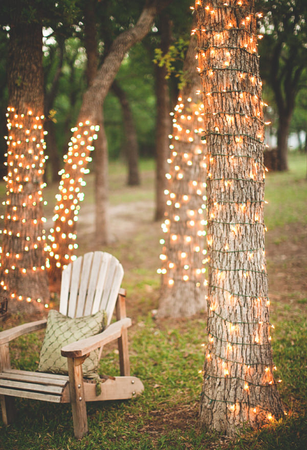 25 cool diy string light suggestions decorazilla design blog for Diy outdoor string lights