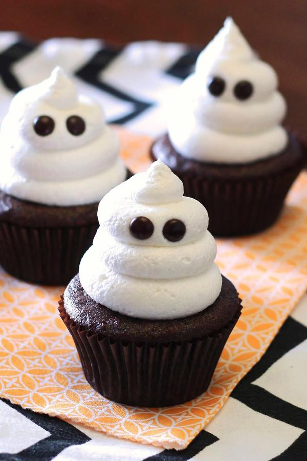 35 Delicious Halloween Cupcake Ideas Home Design And