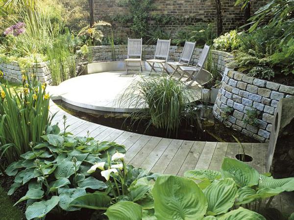 Outdoor garden pond with deck design for Garden decking with pond