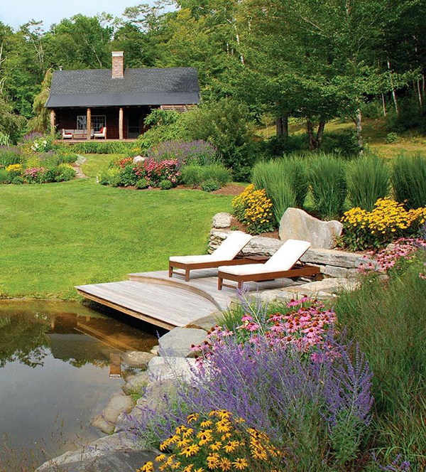 15 Pretty Garden Pond With Deck Design | HomeMydesign on Backyard Pond Landscaping Ideas id=41676