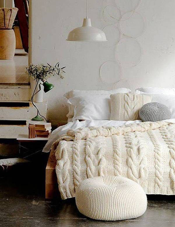 Cozy bedroom decor for winter for Winter bedroom