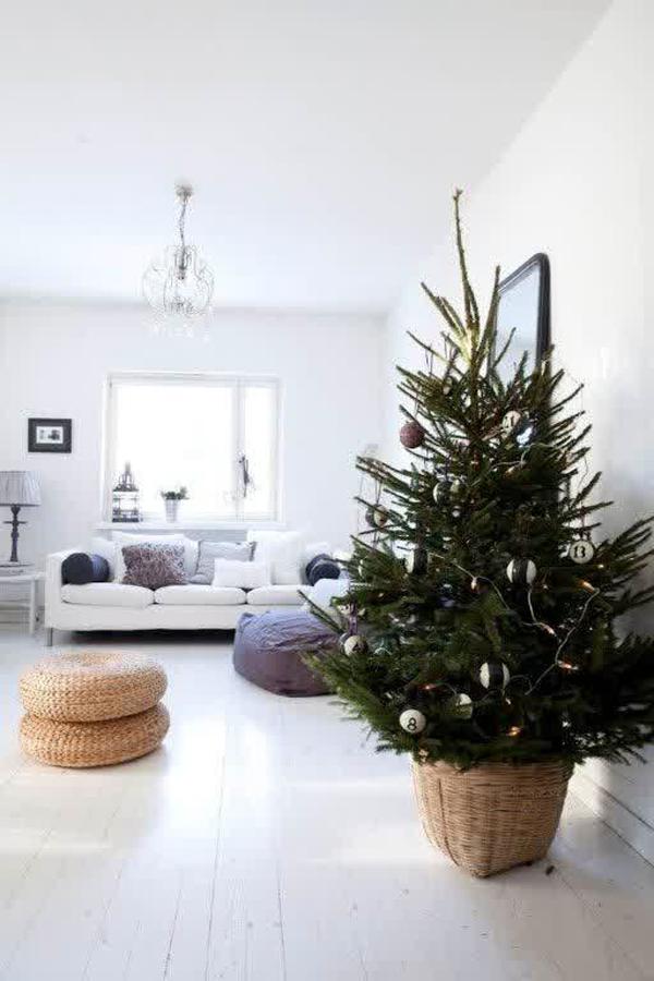 25 Simple And Minimalist Christmas Tree Decorations | Home ...