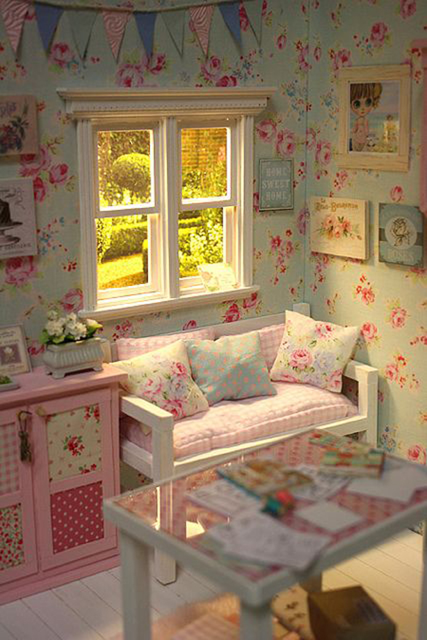 Shabby Chic Little Bedroom With Flower Wallpaper