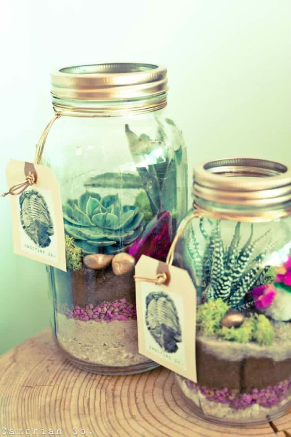25 Cool DIY Mason Jar Christmas Ideas