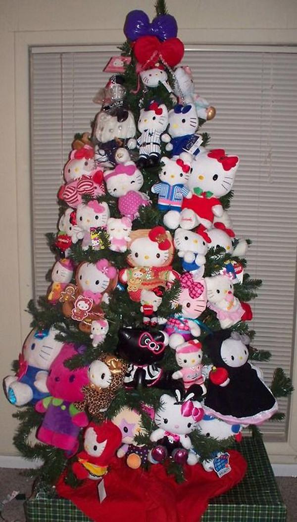 hello-kitty-christmas-tree
