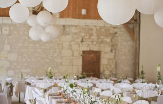 indoor-white-lanterns-for-wedding