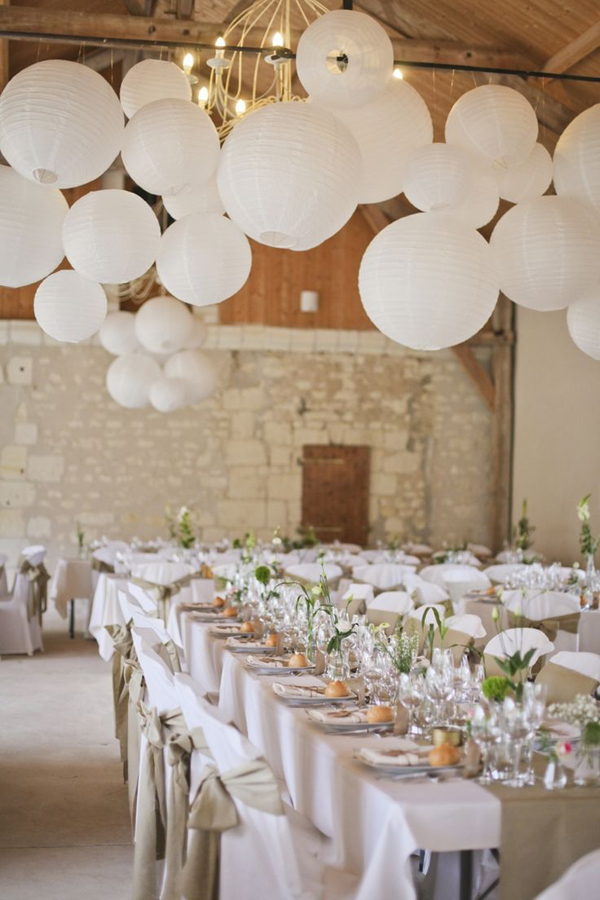20 beautiful wedding lanterns with hanging on lights - Deco table mariage boheme ...