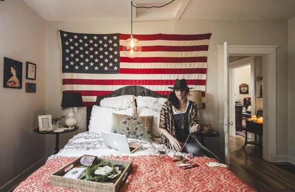 College dorm room with american flag display home design for American flag decoration
