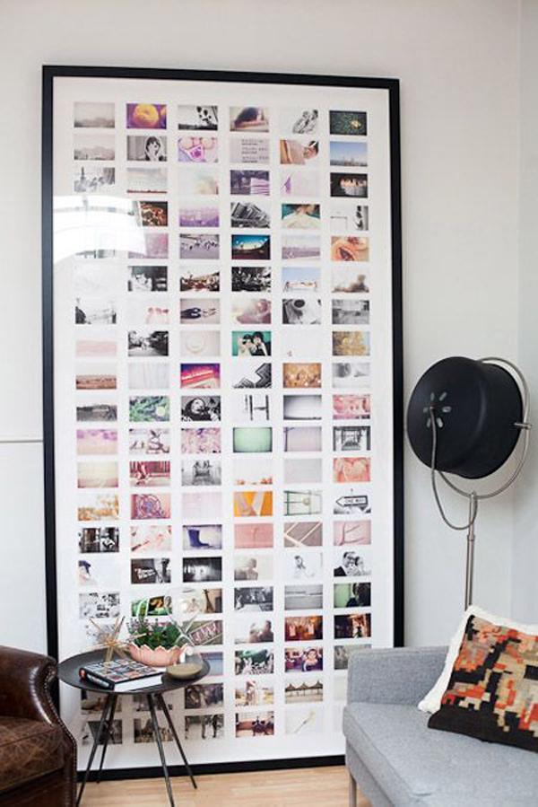 Big Display Family Photos On Living Room