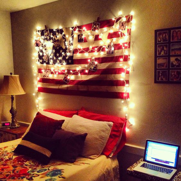 College dorm room with american flag display home design for Display bedroom ideas
