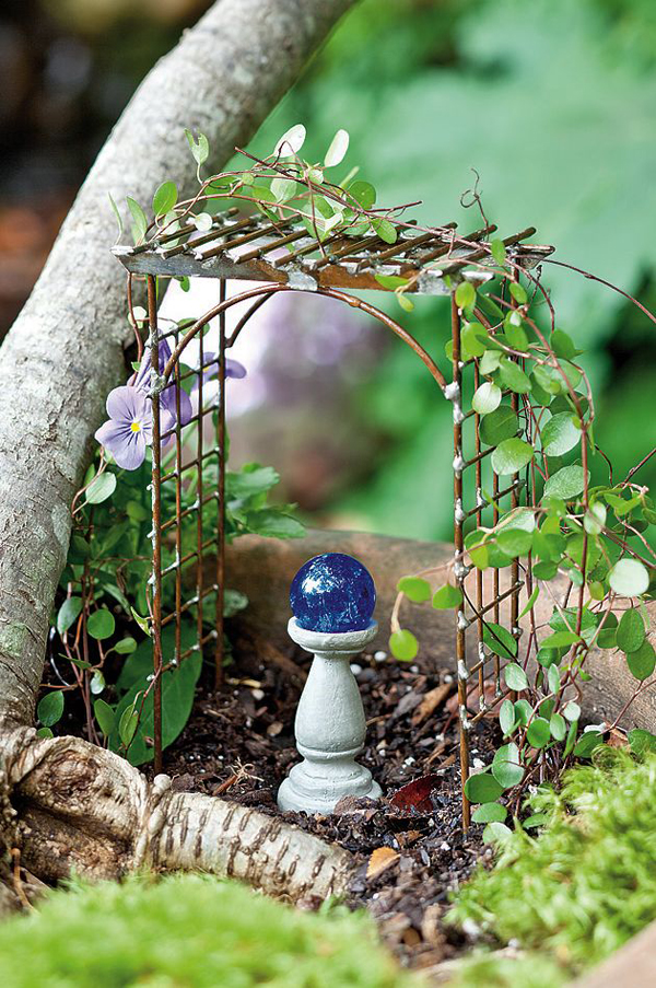 15 Pretty And Glowing Garden Gazing Balls  Home Design ...