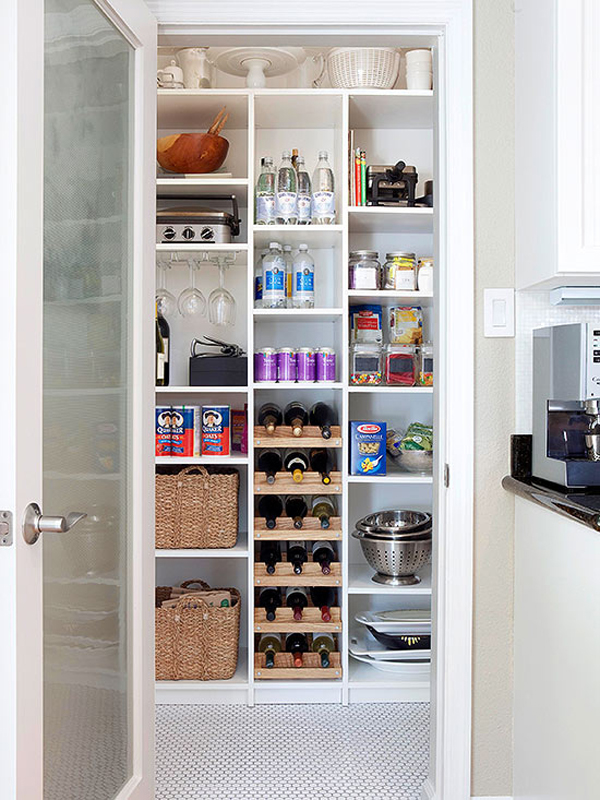 Minimalist Kitchen Pantry Organization
