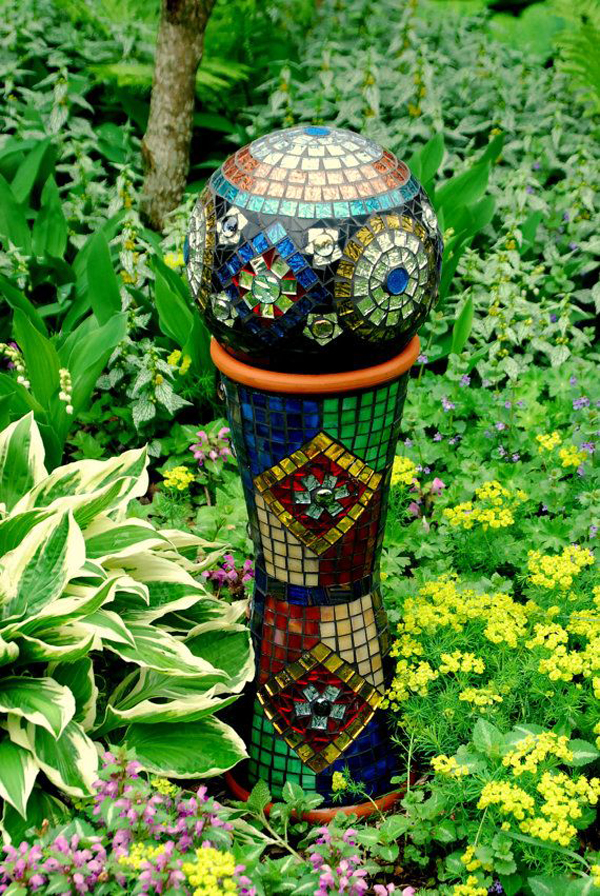 15 Pretty And Glowing Garden Gazing Balls Home Design