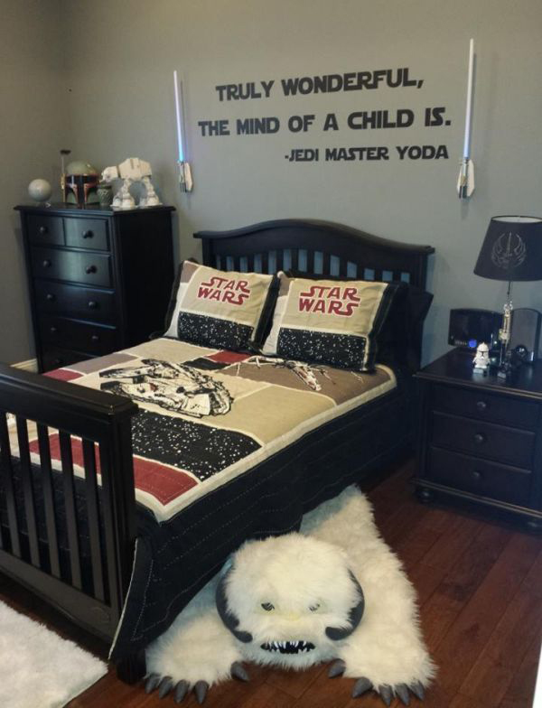 20 awesome star wars room for little boys home design and interior. Black Bedroom Furniture Sets. Home Design Ideas