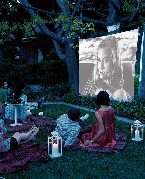 7 Diy Outdoor Lighting Ideas To Illuminate Your Summer: 7 Easy Tips For Backyard Movie Theater