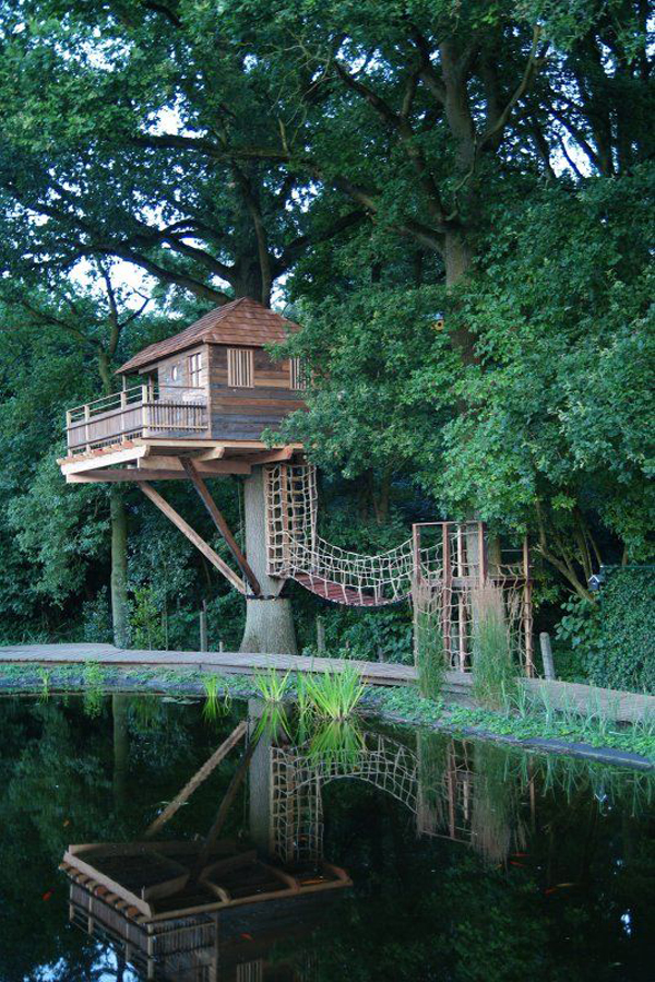 small-treehouse-in-lake-forest Play Tree House Plans on tree houses in california, one tree treehouse plans, tree design, tree forts, tree houses for rent, tipi plans, tree houses for boys, swing set plans, yurt plans, playhouse plans, tree houses for dummies, deck plans, diy treehouse plans, tree houses for adults, tree houses for teenagers, tree mansion, tree stand plans, log home plans, tree houses for girls,
