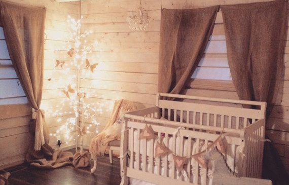 vintage-shabby-chic-lily-cabin-nursery