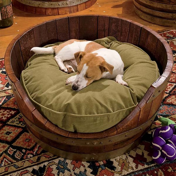 20 incredible diy ways to wine barrel projects home for Barrel dog house designs