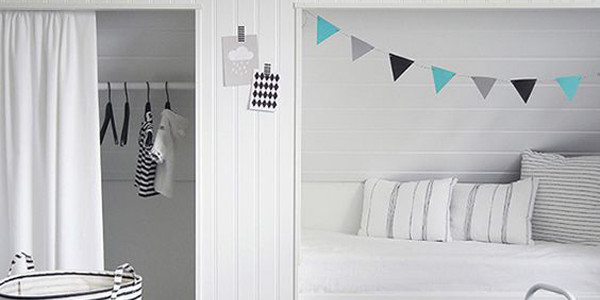 minimalist-white-alcove-beds-for-kids
