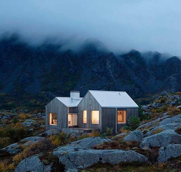 35 Incredible Isolated Homes To Natural Getaways