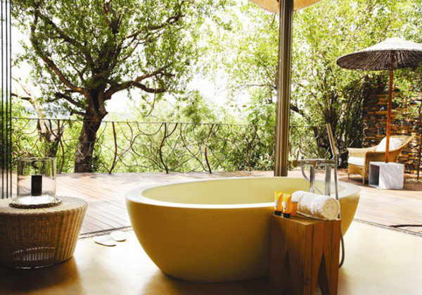 Natural Bathroom Ideas: 25 Tropical Nature Bathrooms To Get Inspired