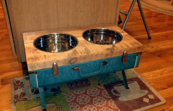 upcycled-vintage-suitcase-for-dog-feeding-station