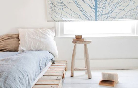 comfy-diy-bed-frame-with-pallet-boards