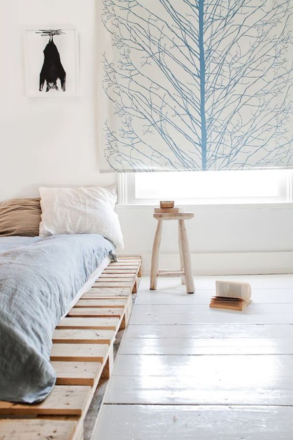 15 Simple DIY Bed Frames With Pallet Boards | Home Design And Interior