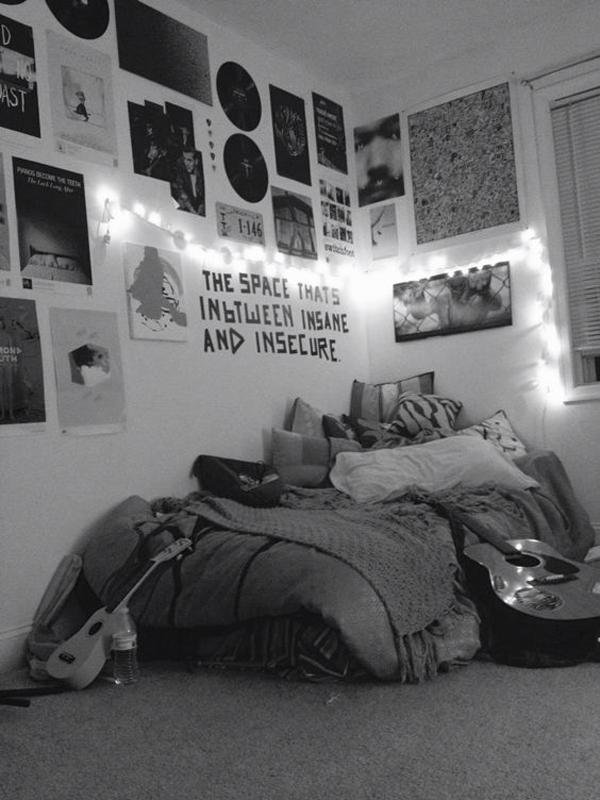 Music Themed Living Room Decor: Grunge Themed Bedroom