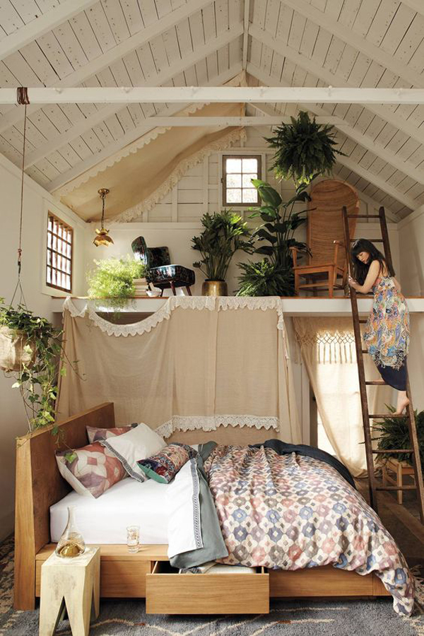 Loft Bed Room loft-bedroom-with-planter-wall
