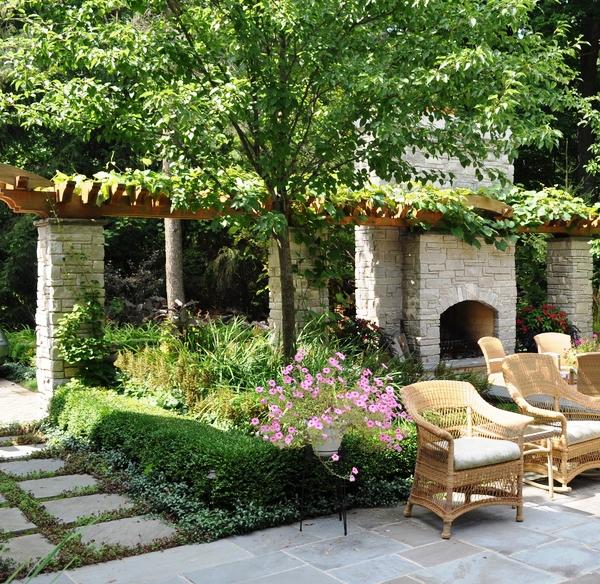 20 Beautiful And Natural Grape Arbor Ideas