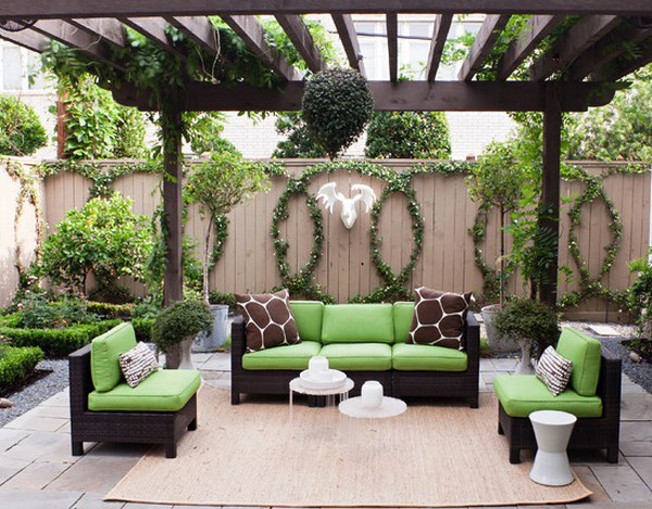 Modern Patio Design With Grape Arbor