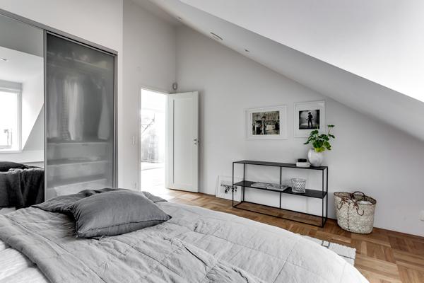 Exclusive Attic Apartment Design In Stockholm Homemydesign