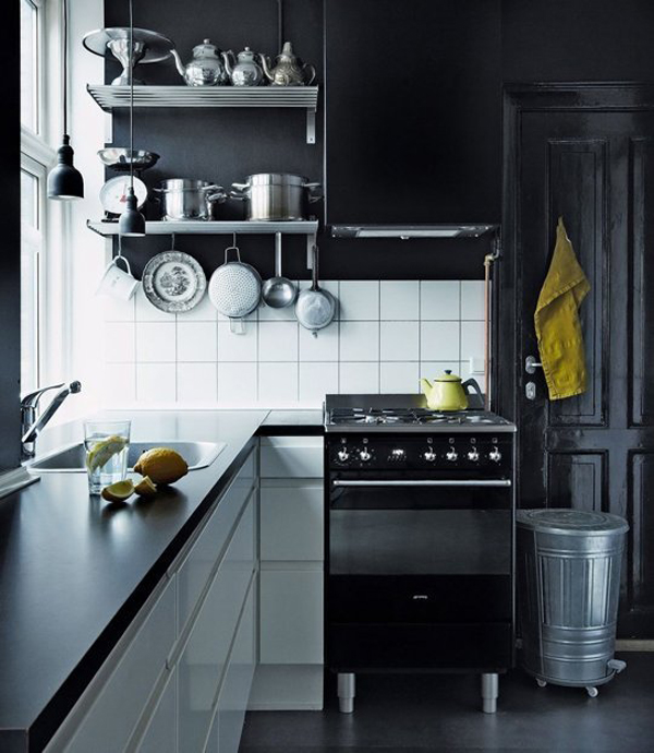10 cool black kitchens for bachelor 39 s pad home design for Bachelor kitchen ideas