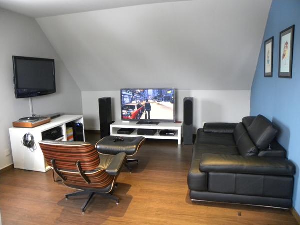 25 Incredible Video Gaming Room Designs | HomeMydesign