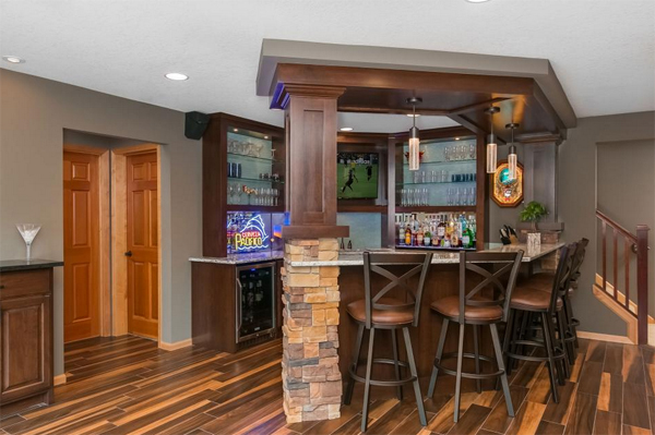 home bar basement remodeling ideas inspiration | 25 Cool And Masculine Basement Bar Ideas | Home Design And ...