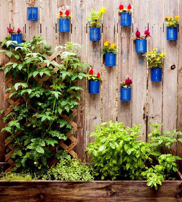 tin can fence garden decor ideas