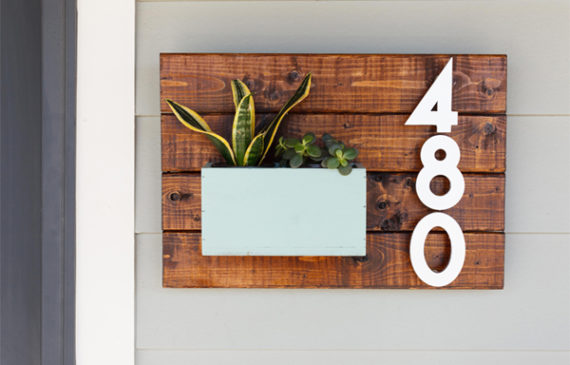 wood-house-number-with-planter-pots