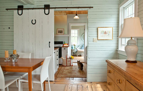 rustic-white-sliding-barn-doors