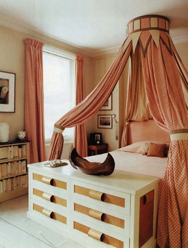 Artistic Foot Bed Drawer Storage Ideas