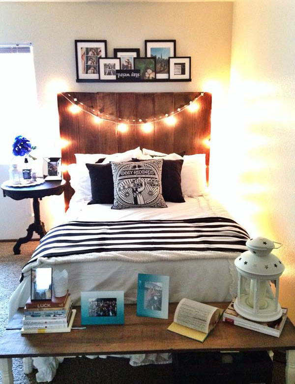 dormbedroomwithfunctionalfootbed ~ 143234_Functional Dorm Room Ideas