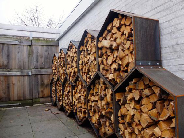 20 excellent diy outdoor firewood storage ideas home. Black Bedroom Furniture Sets. Home Design Ideas